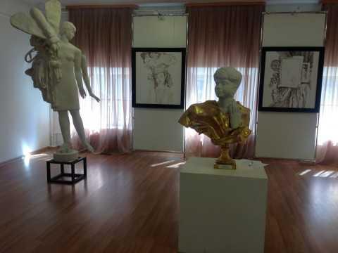 Скульптура и графика Александра Бурганова в Воронеже