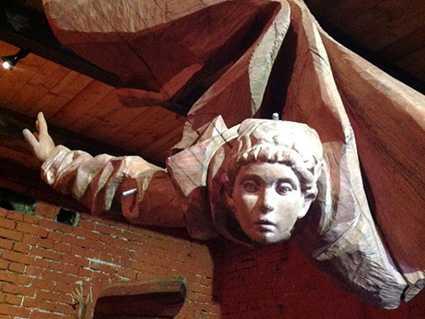 Обновленная экспозиция «Скульптура из дерева»